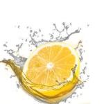 Nečekaný elixír mládí – teplá voda s citrónem :)