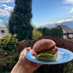 Domácí bulky na burgery ze špaldové mouky