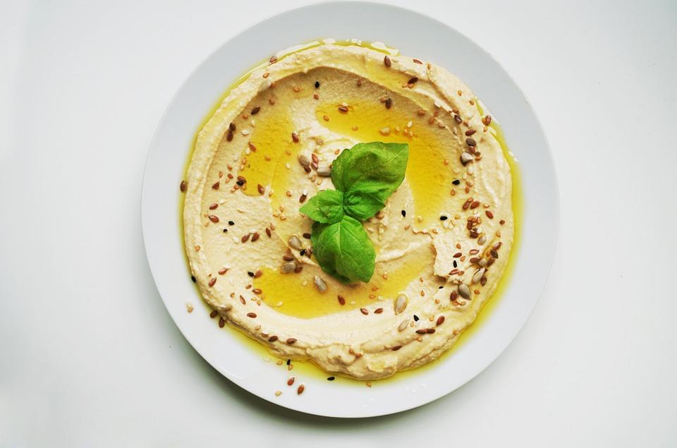 Hummus jako zdravé silvestrovské pohoštění